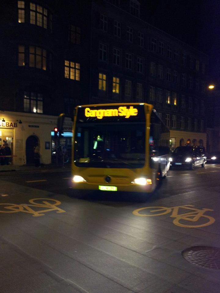A danish bus in Copenhagen. I love the government. Gangnam reaches new heights... Hvorfor er busserne i Silkeborg aldrig seje :-( denmark copenhagen gangnam style Bus