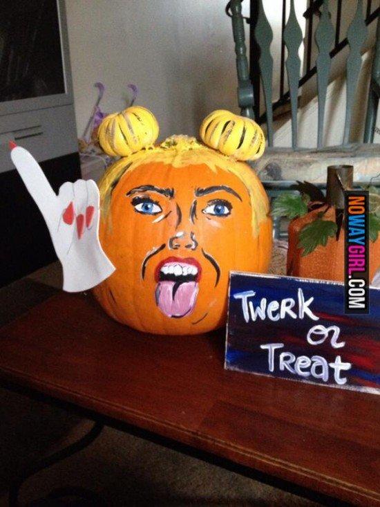 "Miley Cyrus pumpkin. Not my original content source:nowaygirl.com/photos/miley-cyrus-halloween-pumpkin/.. ""NOWAYGIRL.com"" really op, really. miley cyrus Pumpkin Halloween twerk treat"