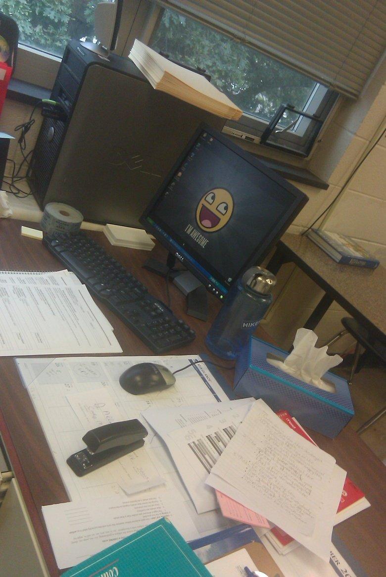My teacher's desk. teachers desk lookslike this.. Is.. i-i-is that my stayplerr My teacher's desk teachers lookslike this Is i-i-is that my stayplerr