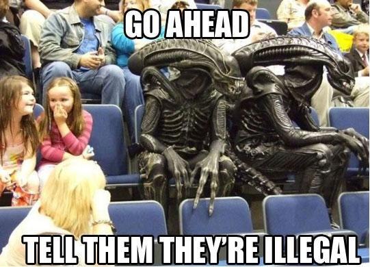 Aliens. . i! Mil P Aliens i! Mil P