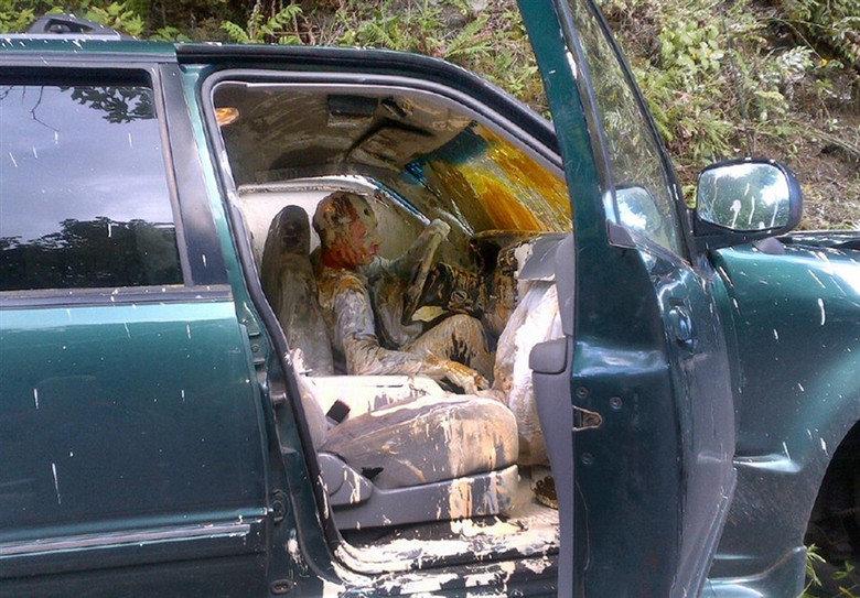 Milkshakes. They need seatbelts too... yerrr milkshake Cars crashes really