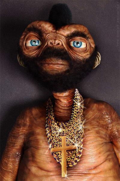 Mr ET. Mr ET.. I pity da foo who don't phone home. Mr T ET