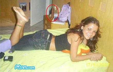 Uhmm?. .. she loves big black dick! Uhm ok obama dil