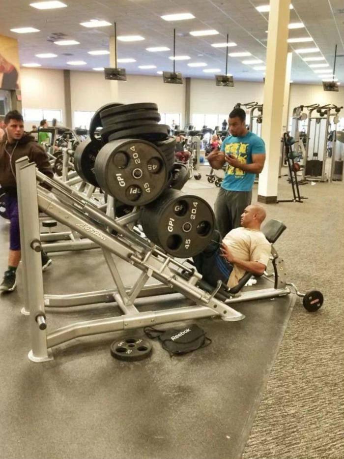 yes i lift. .. never miss leg day description