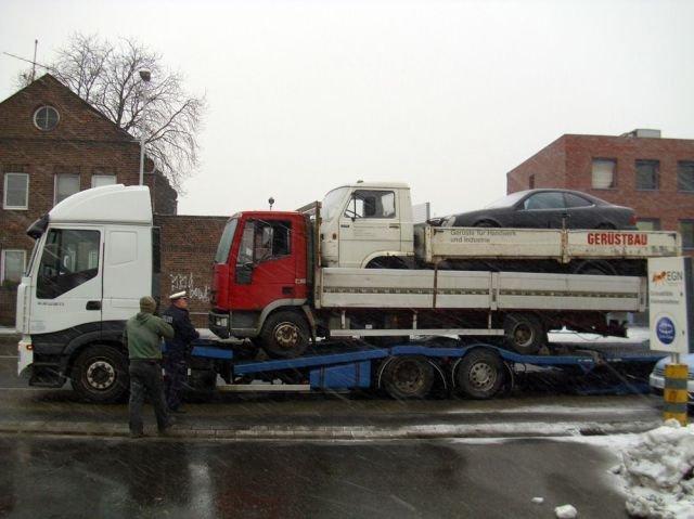 Yo dawg....... I heard you like to steal vehicles.. Does the biggest trucks tyre look flat? adasdasdasd